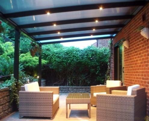 Verlichting Halogeen of LED in uw terrasoverkapping?